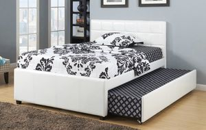 Poundex Beds, Full over Twin, White for Sale in Broadview Heights, OH