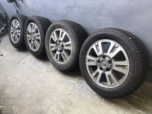 Bridgestone Dueler H/L 275 55R 20 111H M+S 5 Lug Rims Wheels Tires for Sale in Los Angeles, CA