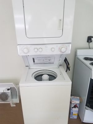 Laundry Unit (Washer/Dryer Combo) for Sale in Seffner, FL