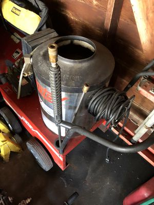 Hot water power pressure Washer for Sale in Detroit, MI