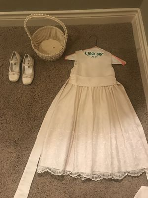 Ivory Flower Girl Dress, Shoes and Flower Basket - Twin Set for Sale in Liberty Hill, TX