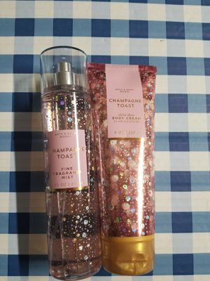 Bath and Body Works Champagne Toast set for Sale in Anaheim, CA