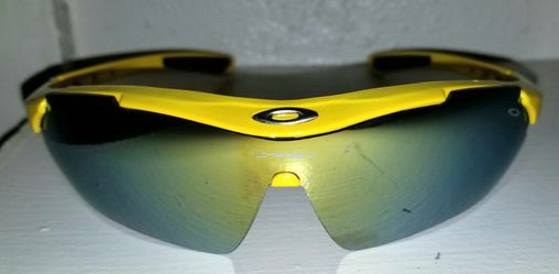 Oakley sunglasses for Sale in San Angelo,  TX