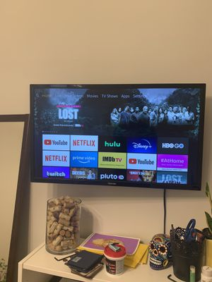 TV Toshiba 32inch, smart TV for Sale in Brooklyn, NY