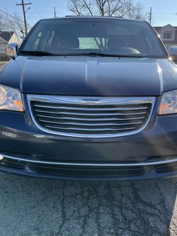 2013 Chrysler Town & Country for Sale in Dearborn,  MI