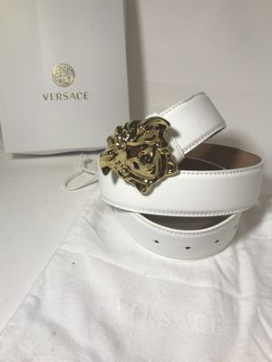 White Versace Belt **Will arrive for Xmas!! for Sale in Queens, NY
