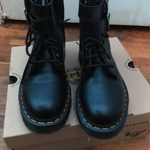 Size 10 Women's Doc Martens for Sale in Nashville, TN