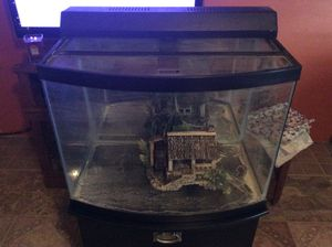 25 gallon fish tank comes with stand $100 obo for Sale in Ulster, PA