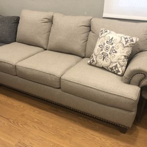 Free delivery NEW nailhead trim couch can deliver for Sale in San Diego, CA