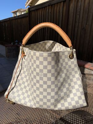 Louis Vuitton Artsy MM for Sale in Renton, WA