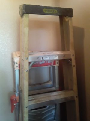 stanly 6ft step ladder for Sale in Glendale, AZ