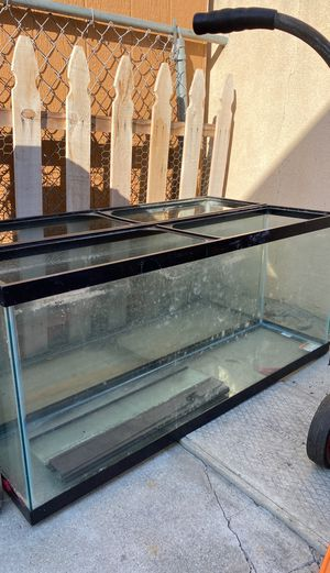 55 gallon fish tank with both lids brand new for Sale in Compton, CA