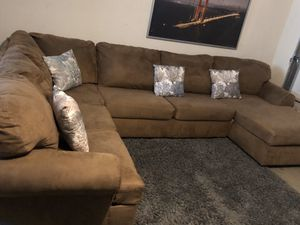 **Super Comfy** 3-piece Sectional U-shaped couch (sofa, chaise). washable covers for Sale in San Jose, CA
