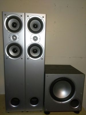 Polk audio slim tower loudspeakers and powered subwoofer for Sale in Montclair, CA