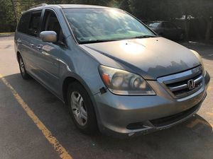Honda Odyssey for sale family mini van very economical minivan sienna quest grand voyager town country suv for Sale in Jackson Township, NJ
