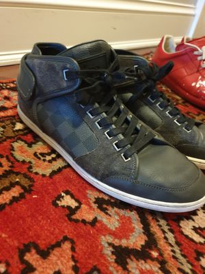 LOUIS VUITTON SNEAKERS - US SIZE 8 - TRIPLE BLACK - PURCHASED 2013 - RARE SNEAKER - GREAT DEAL for Sale in Boston, MA