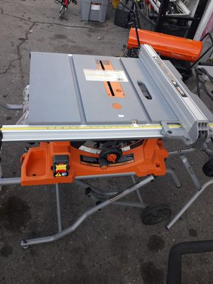 RIDGID 15 Amp Corded 10 in. Heavy-Duty Portable Table Saw with Stand for Sale in Fresno, CA