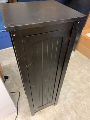 Free Cabinet for Sale in Miami, FL