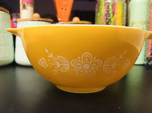 Dark Mustard Yellow, White Daisy Pyrex Mixing, Serving Bowl - Vintage, Made in USA and Red Bowl RESERVED for Sale in Austin, TX