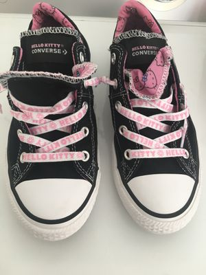 Converse hello kitty size 2 in girls for Sale in Acampo, CA