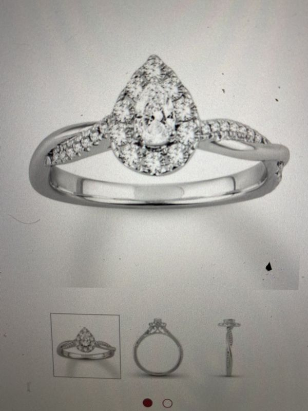 KAY JEWELRY Engagement ring set with band