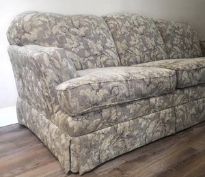 Sofa by England clean, minimal use for Sale for sale  Kennesaw, GA