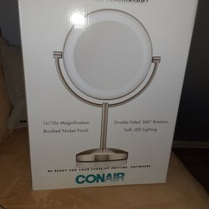 Makeup Mirror For Women for Sale in Los Angeles, CA