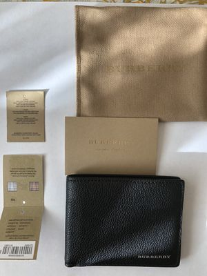 Burberry Mens Black Wallet Bifold 100% authentic for Sale in Detroit, MI