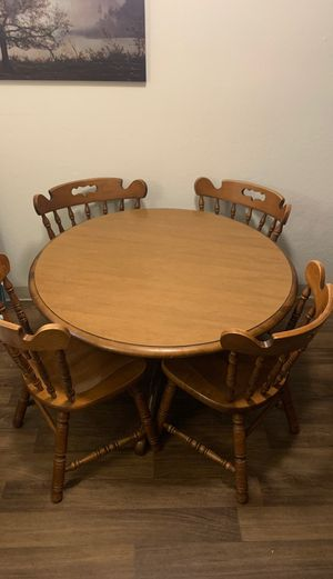 Wooden dining room table for Sale in Tucson, AZ