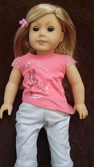 American girl doll: isabelle for Sale in Minneapolis, MN