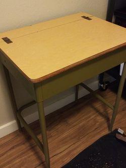 Green Old School School Desk for Sale in Seattle,  WA
