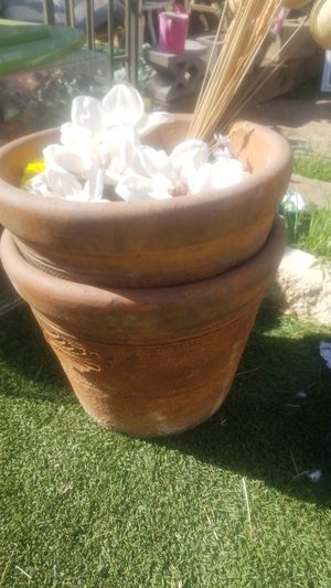 Planting pots for Sale in Las Vegas, NV