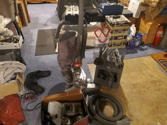 Kirby Century with Shampooer for Sale in Columbus,  OH