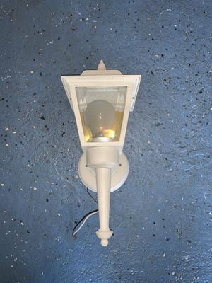 Light (outdoor) for Sale in Baldwin, NY