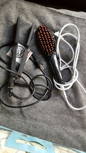hair straightener and heated brush straightener for Sale in Pittsburgh, PA
