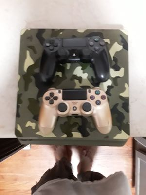 Ps4 200 for Sale in Chicago, IL