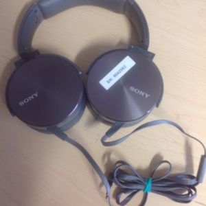 New Sony Extra Bass Headphones Headset w/microphone. Wired. for Sale in Richardson, TX
