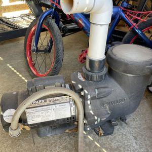 Hayward Tristar Pool pump for Sale in Rancho Cucamonga, CA