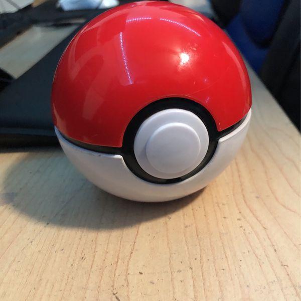 Guess that pokémon (poke ball)