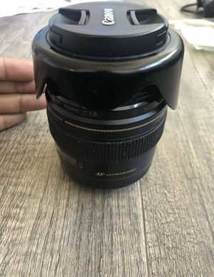 Canon EF 85mm f/1.8 USM Standard & Medium Telephoto Lens for Sale in Brentwood, CA