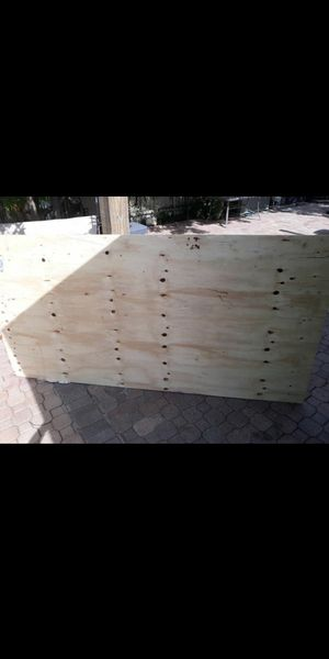 Plywood 5/8 $16 per sheet for Sale in Palm Springs, FL