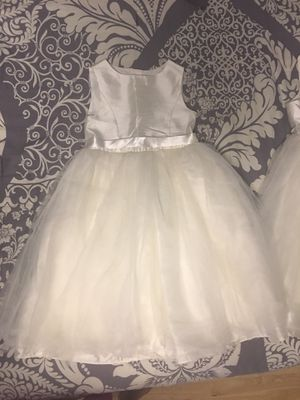 2 Flower girl dresses- David's bridal- Size 5 and 7 for Sale in Pembroke Park, FL