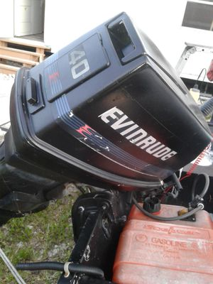 14ft bass boat with 40hp for Sale in Parkland, FL