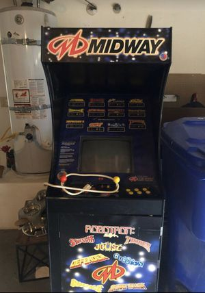 Midway Arcade 12 games must pick up !! Works! Now low balling. Price is FIRM for Sale in Grand Terrace, CA