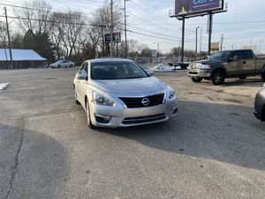 Nissan Altima S 2015 2.5 for Sale in Indianapolis, IN