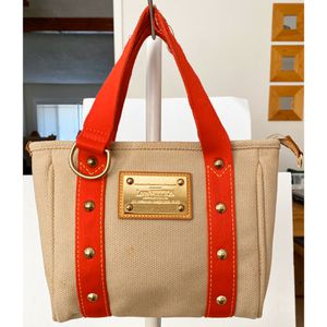 Authentic LIMITED EDITION Louis Vuitton Antigua Cabas PM Shoulder Tote Bag for Sale in West Covina, CA