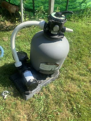 Reliant sand pool filter for Sale in Lowell, MA