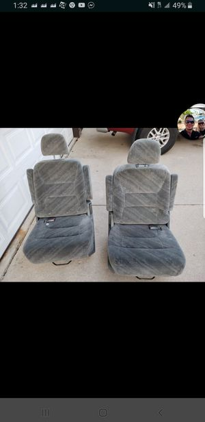 Honda Odyssey Chairs for Sale in Schiller Park, IL
