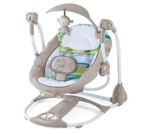 Baby swing and bouncer for Sale in Cleveland, OH