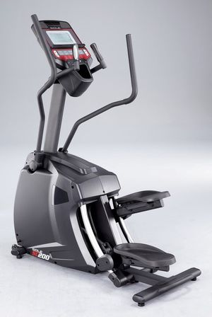 Sole Fitness SC200 Hybrid Elliptical & Stepper for Sale in Montgomery, AL